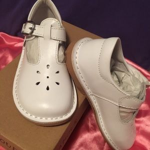 L'Amour Children's MaryJane Shoes color white NWT